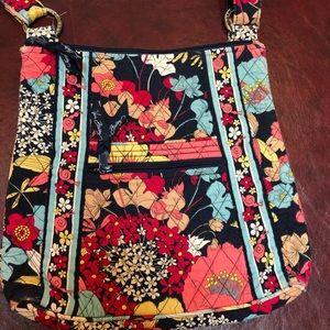 Vera Bradley crossbody purse! 👜